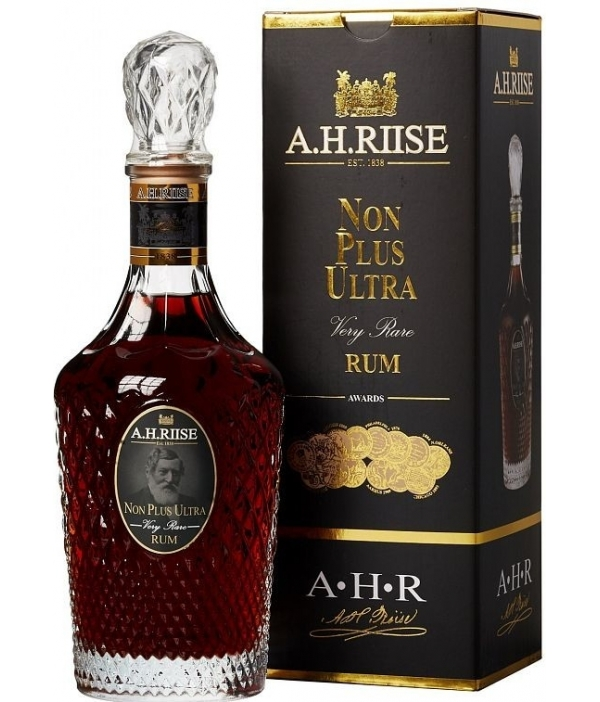 A.H. Riise Non Plus Ultra Very Rare Rum, 42% 0,7 Ltr.