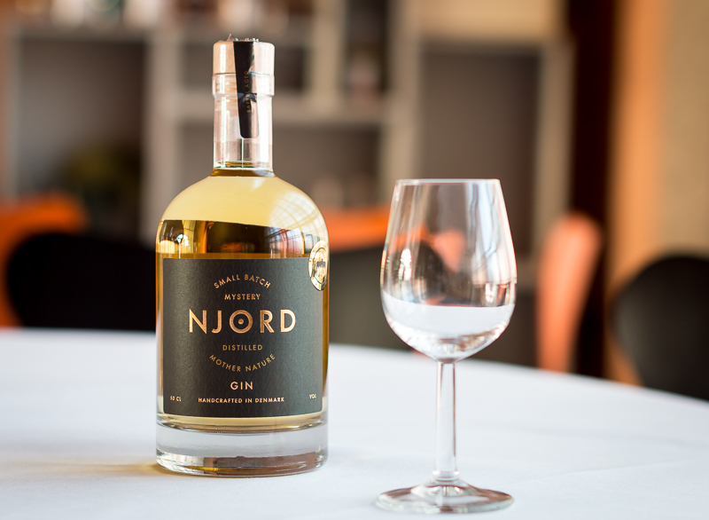 Njord Distilled Mother Nature - Barrel Aged 48% 0,5 Ltr.